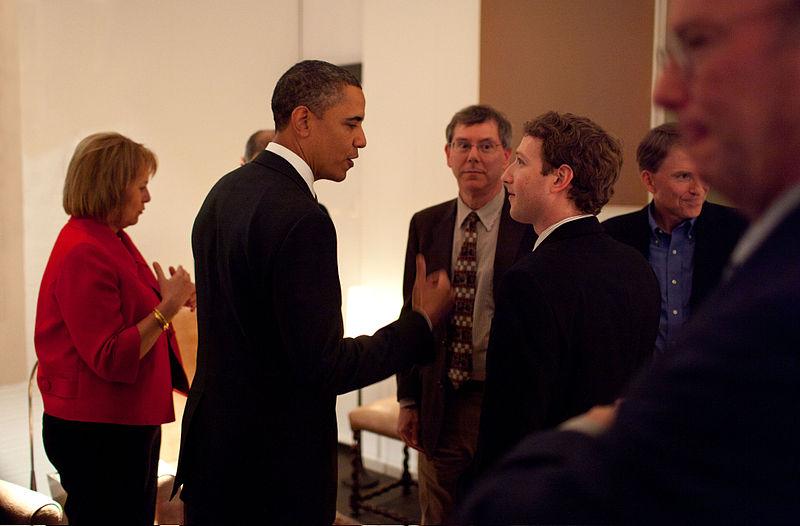 800px-Zuckerberg_meets_Obama