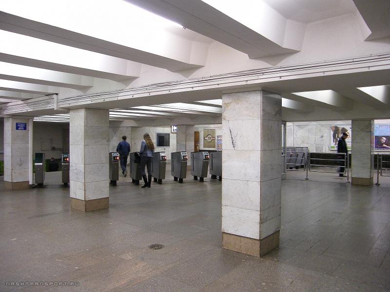 Yasenevo Metro